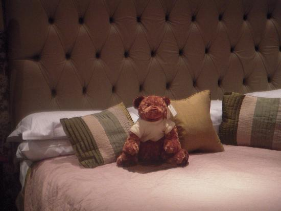 Northcote Hotel: huggy waiting to welcome you