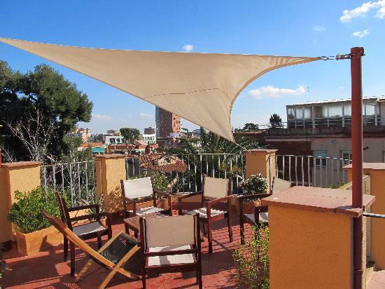 Garden House Hostel Barcelona: Dachterrasse (nur ein Teil davon)