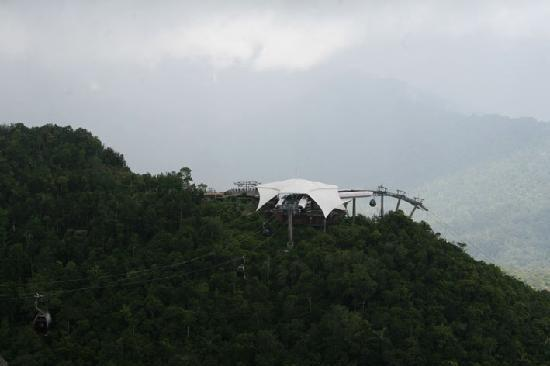 Tanjung Rhu Resort: Top of cable car