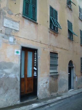 """side entrance of the hotel """"Locanda IL FARO"""""""