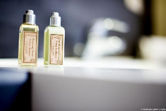 Villa Sablon: Bath and shower products