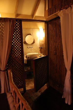 Korrigan Lodge: Bathroom