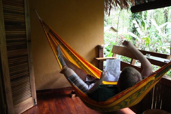 Korrigan Lodge: Ahh the hammock!
