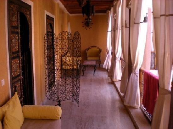 Riad Sukkham : l'accès aux chambres ...