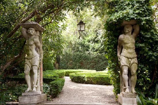 Superb Venice Gardens Tour   Private Tour: Secret Garden