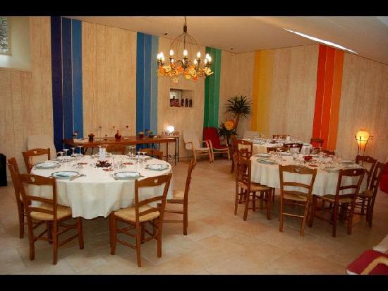 Salle de r ception picture of maison d 39 hotes a la for Des maison et des hotes
