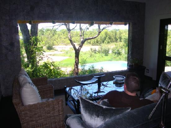 Londolozi Private Granite Suites: Room with a view - captivating