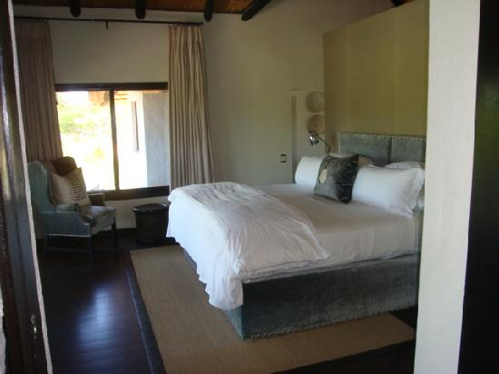 Londolozi Private Granite Suites: The most confortable bed in the world.
