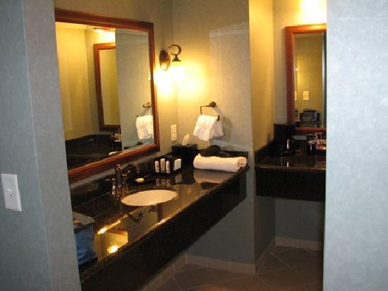 Chukchansi Gold Resort & Casino: Nice granite!