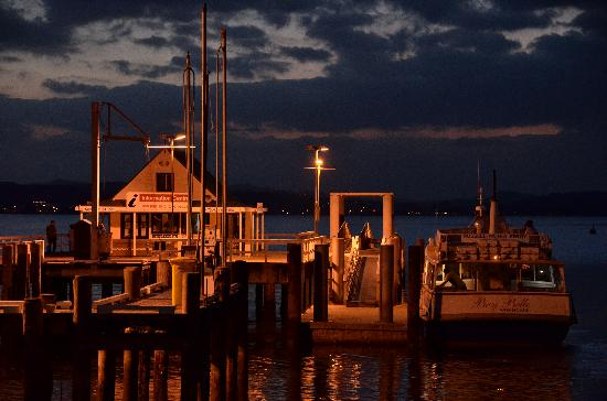 The Wharf - Restaurant & Bar : The first class view