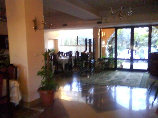 Hotel Baron: un pezzetto della sala da pranzo..