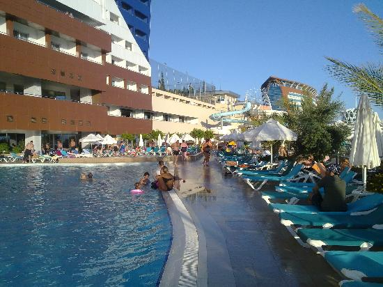 Orange County Resort Hotel Alanya: pool