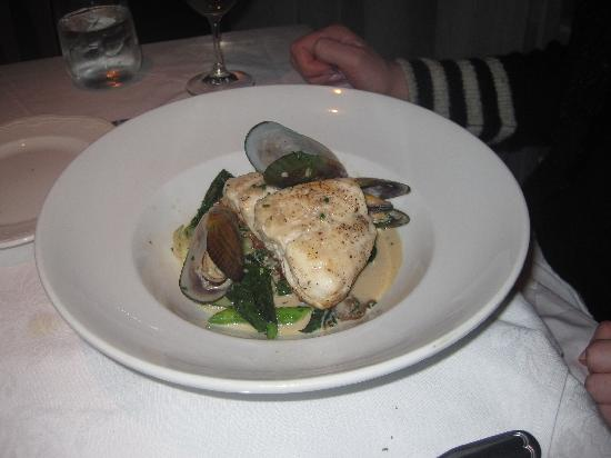 SEb L'Artisan Culinaire: main course - grouper