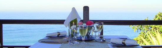 African Peninsula Restaurant: Dining on the Edge