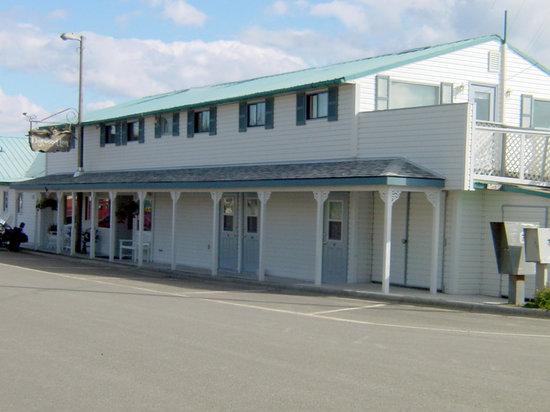 Driftwood Inn & Homer Seaside Lodges: The Historic Driftwood Inn