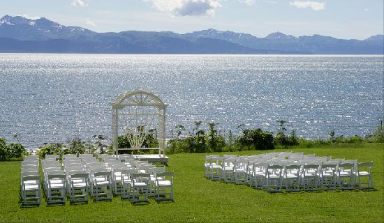 Driftwood Inn & Homer Seaside Lodges: A Perfect Wedding Location