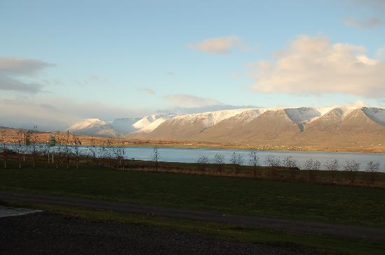 Countryhotel Sveinbjarnargerdi: Blick aus dem Hotelfenster