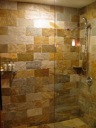 Stone shower - Picture of The Edgewater, A Noble House Hotel ...