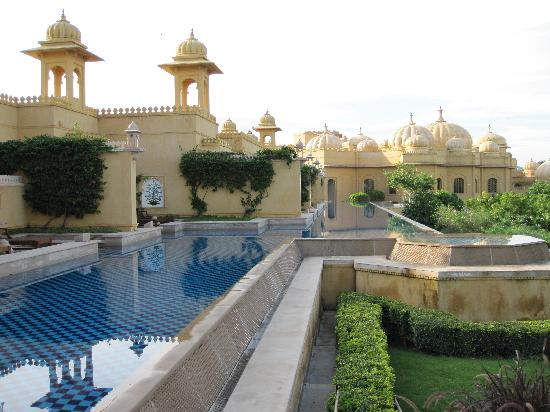 The Oberoi Udaivilas: Semi-private pool accessed from your room