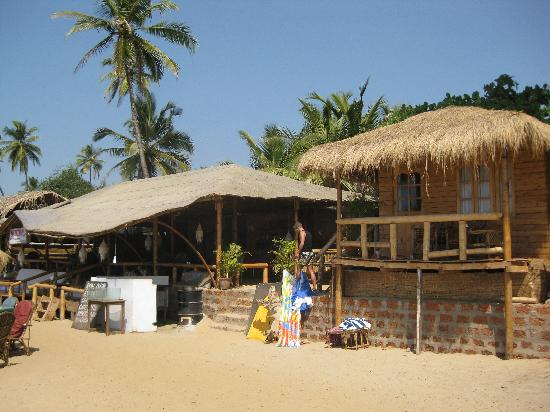 Tantra Cafe Restaurant And Huts Our Beach Hut