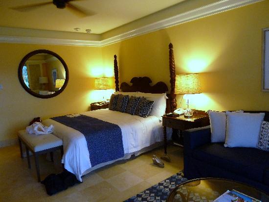 Charlestown, Nevis: renovated room