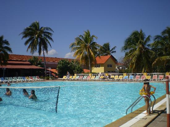 Piscine picture of club amigo mayanabo playa santa for Club piscine shawinigan