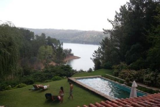 Quinta do Troviscal: Vista sobre a barragem