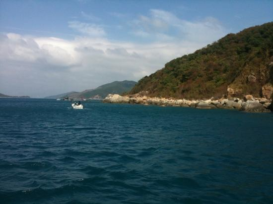 Scuba Zone Diving : dive spot around Nga Trang.