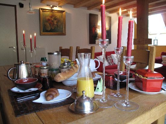 Le ValOmbre : Breakfast with homemade delights