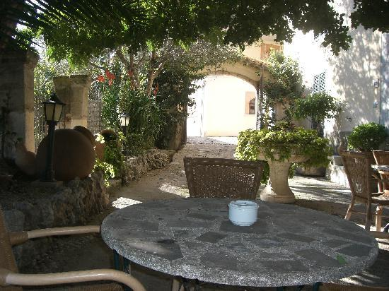 C'an Tiro: terraza exterior Turixant