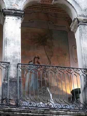 Palacio de las Vacas: One of the many murals that adorn the walls.