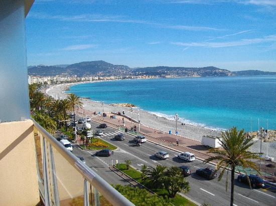 Radisson Blu Hotel, Nice: vue de la terrasse