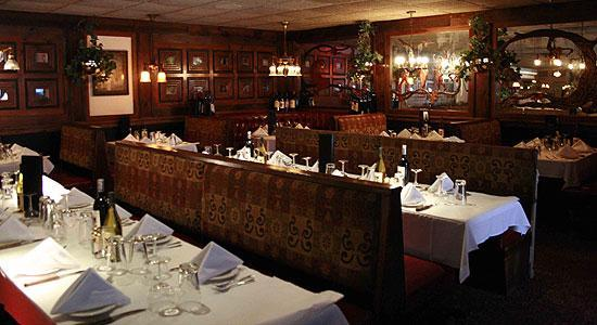 Charley's Grille: 15
