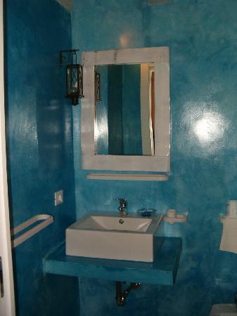 Bed & Breakfast - Scacciapensieri: il bagno della Stanza Azzurra