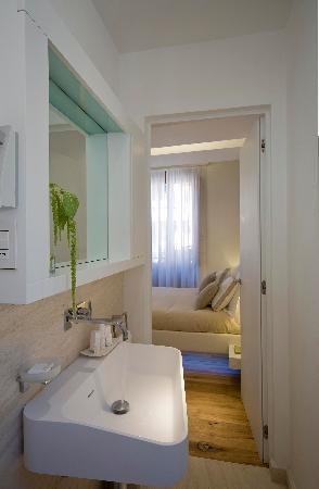 Gigli d'Oro Suite: Bathrooms
