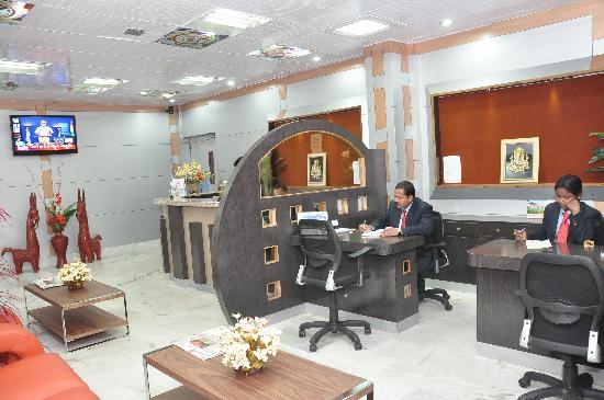 Hotel Palash Residency: reception