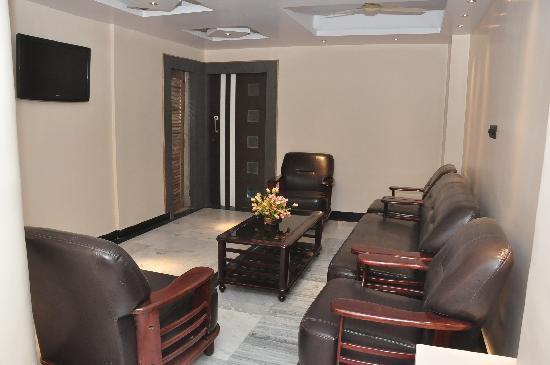 Hotel Palash Residency: lobby