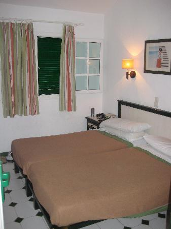 Campo Golf Bungalows: The bedroom