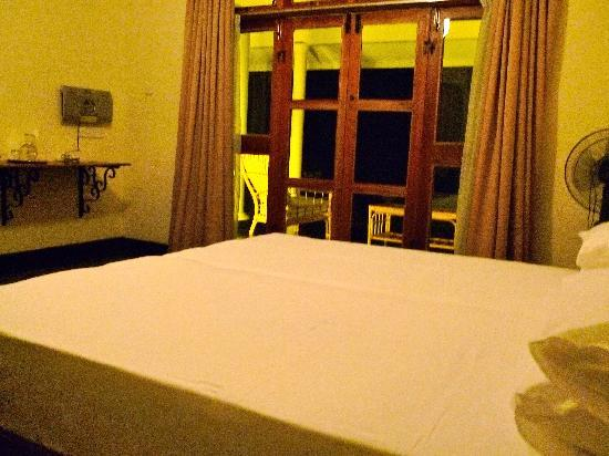 Bougan Villa Guest House: A double room