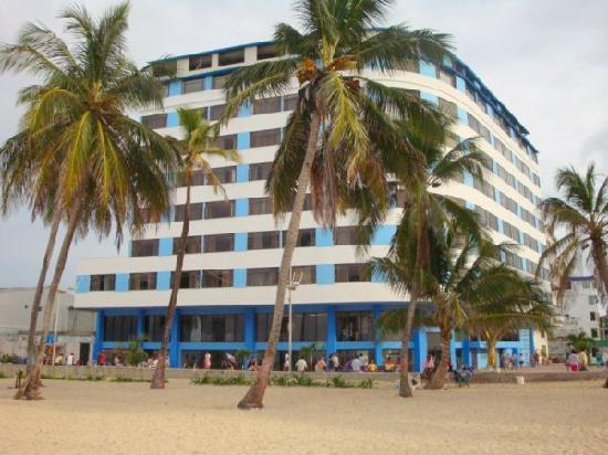 Hotel Blue Tone: excelente ubicacion