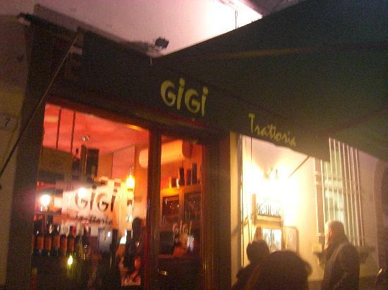 Gigi Trattoria : The Entrance