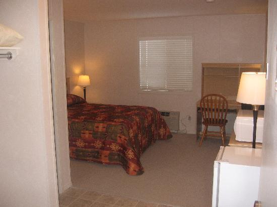 Aurora Gardens Motel & Suites: Room Style