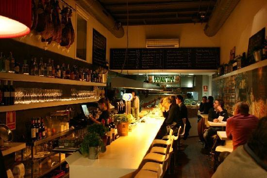 Tapeo: The small but very nice restaurant.