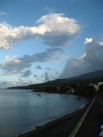 Saint-Pierre, Martinique: Baie depuis la terrasse