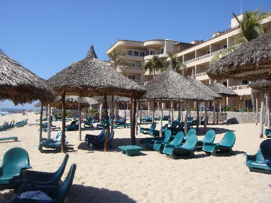 هوتل بلايا مازاتلان: Beach
