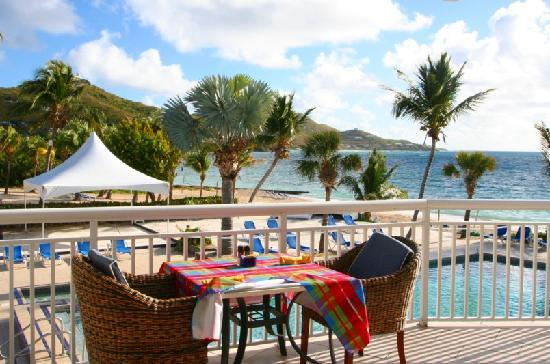 Divi Carina Bay All Inclusive Beach Resort: Outdoor dining area