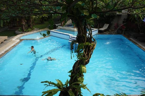 The Taman Ayu : pool (bar) view from the 1st floor