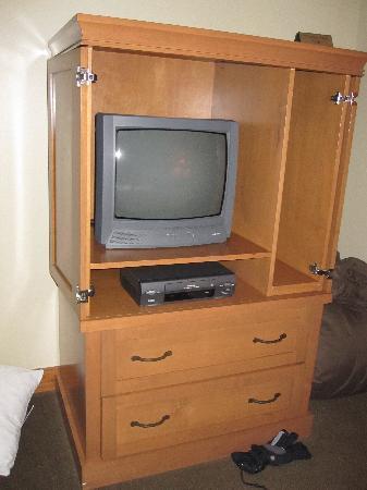 Sundial Lodge at Canyons Village: Tube TV and VCR