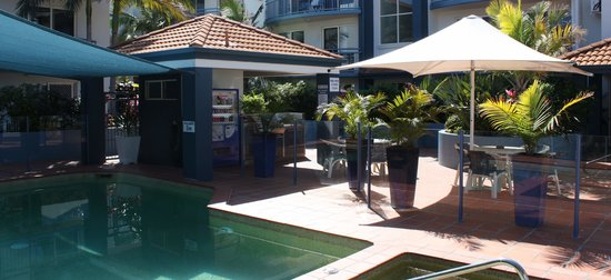 Santana Holiday Resort Apartments: Pool and Spa