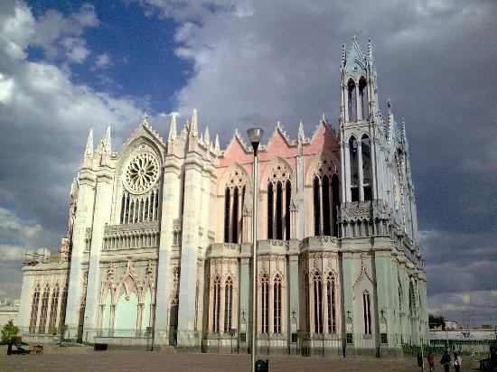 Foto De Templo Expiatorio Del Sagrado Corazon De Jesus Leon
